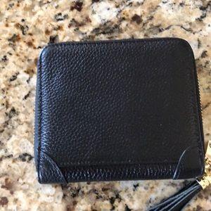 Handbags - NWT-card holder zipped wallet